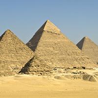 吉萨三大金字塔(埃及)